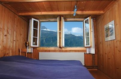 Ferienwohnung 1: Schlafzimmer mit Doppelbett